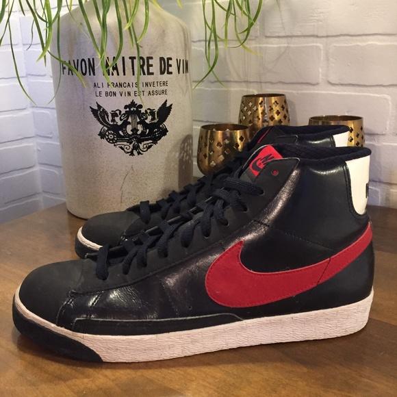 Nike Blazer Black/Red/White High Tops Mens Size 11
